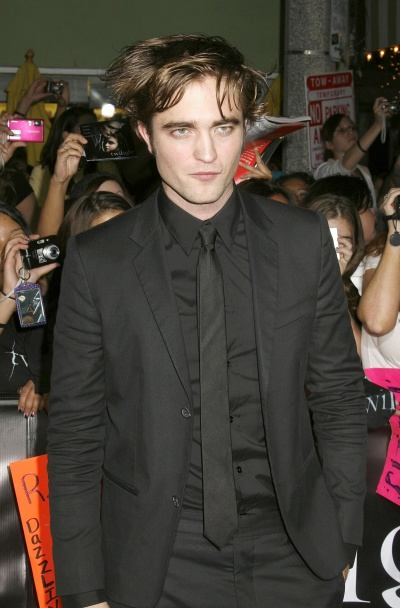 robert_pattinson_single000x0400x608